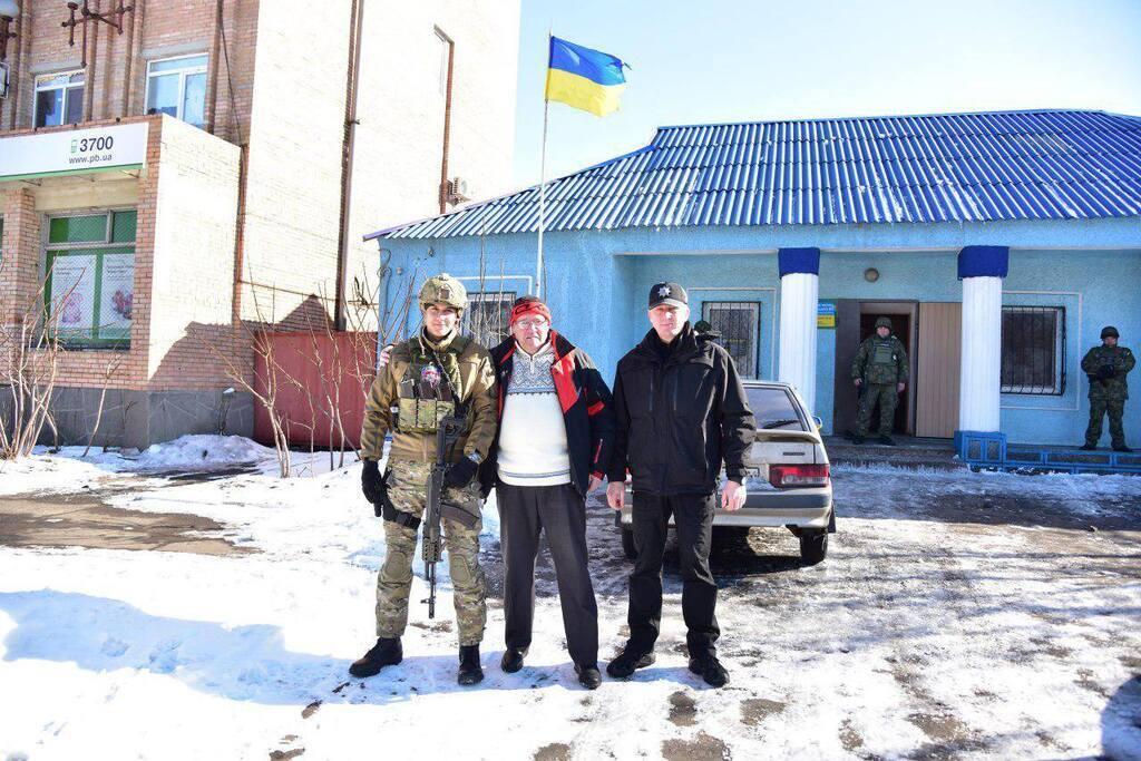 Вадим Каган (у центрі)