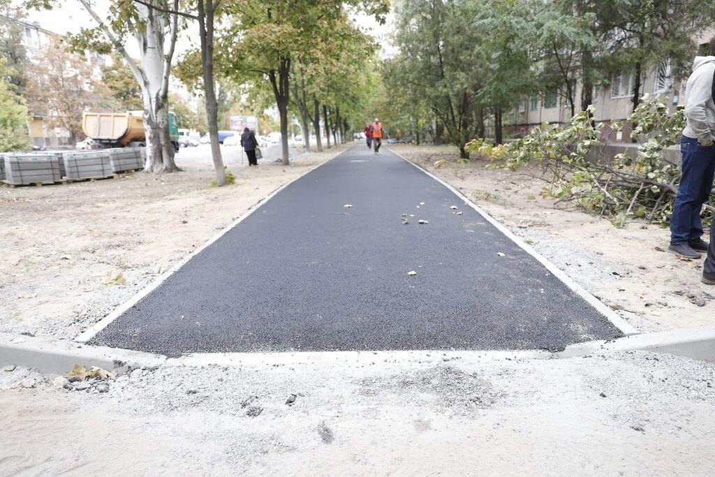 Мэрия Днепра перешла к комплексным ремонтам дворов и дорог