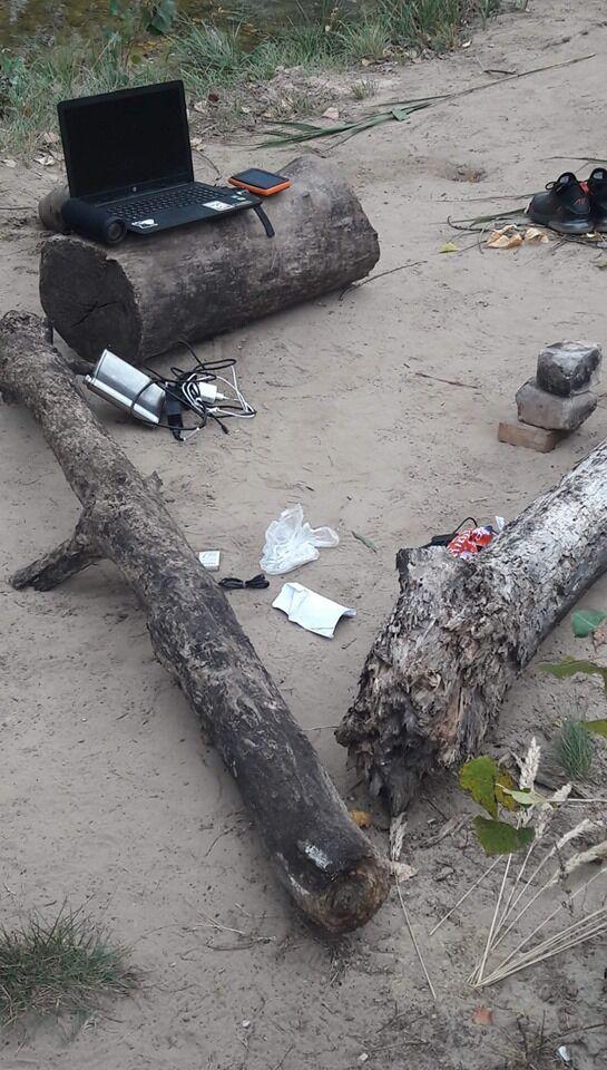У Кам'янському знайшли речі невідомого чоловіка