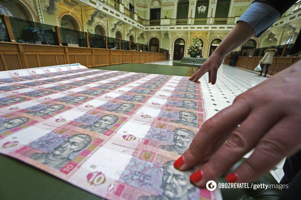 Пострадают магазины и почта: как ударят по украинцам новые правила покупок в интернете