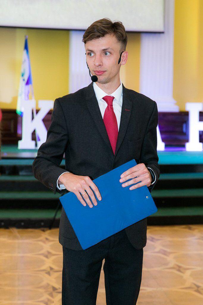 Назаренко Евгений