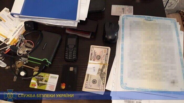 Захоплювали заводи: в Києві накрили угруповання хакерів
