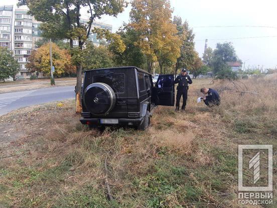 Переїхав ногу поліцейському: в Кривому Розі під час погоні розбився Gelendwagen