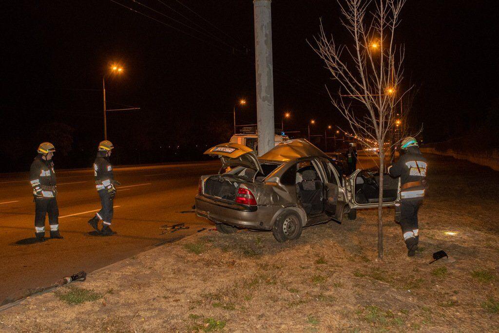 Аварія сталася близько п'ятої ранку в суботу