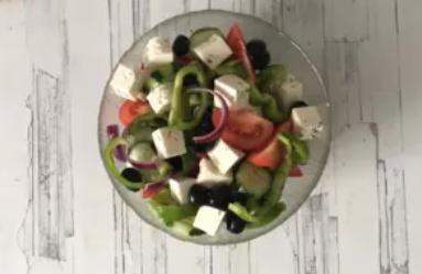 Рецепт вкуснейшего греческого салата по-особому