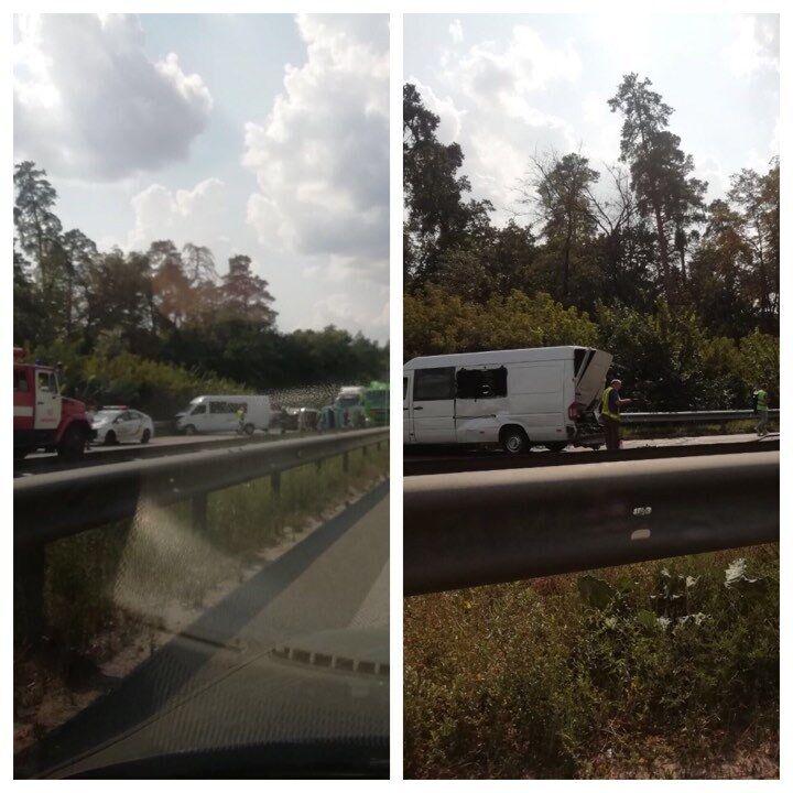 В аварію потрапили маршрутка і вантажівка