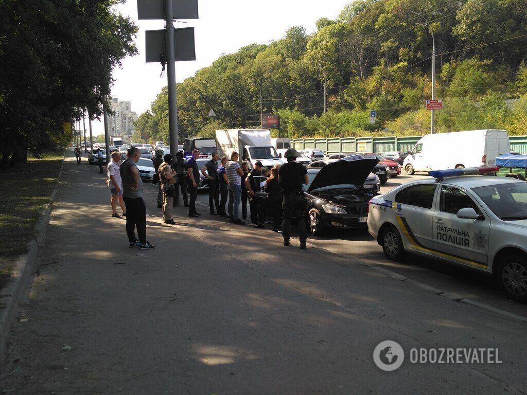 У центрі Києва поліцейські зупинили порушника правил дорожнього руху