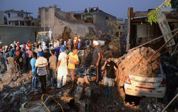 В Індії вибухнула фабрика феєрверків