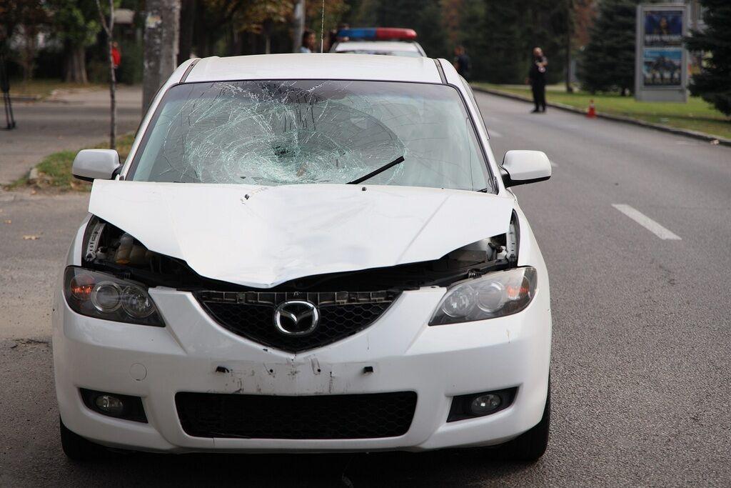 У Дніпрі автомобіль збив літню жінку