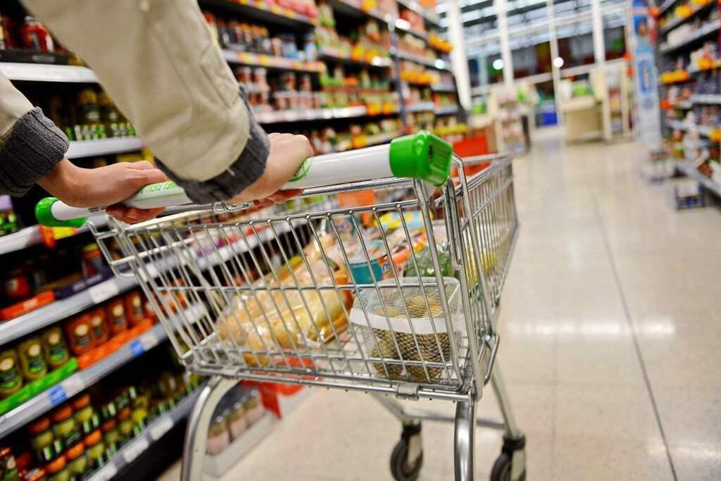 Продукти в Україні подорожчають: озвучено прогноз до кінця року