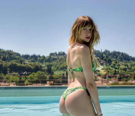 Никитюк удивила сеть фото в купальнике