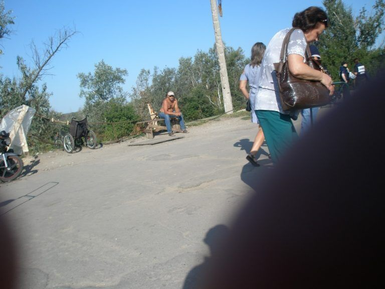 """Кузьмін зайнявся """"бізнесом"""" на мосту біля Станиці Луганської"""