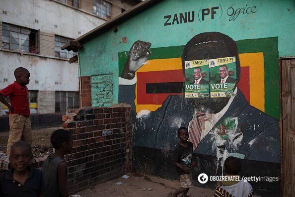 Роберт Мугабе помер