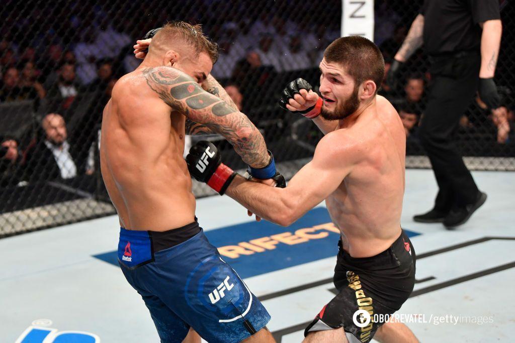"""Хабиб """"задушил"""" Порье в чемпионском бою UFC"""