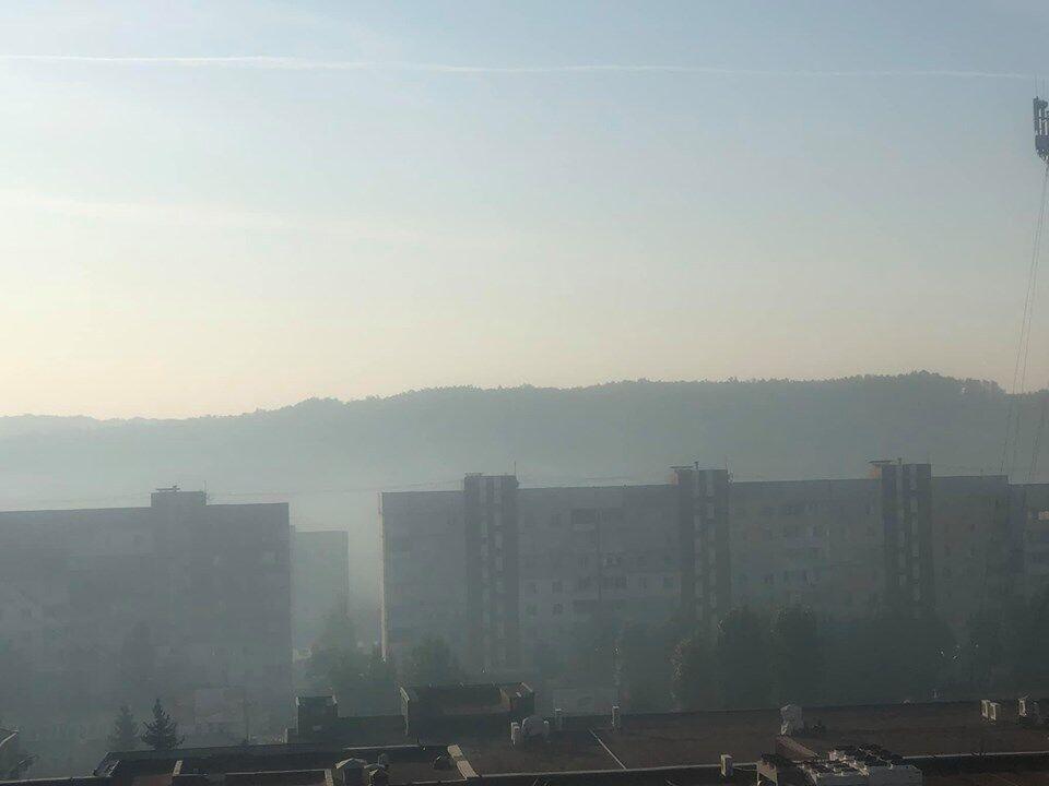 Город Обухов затянуло дымом
