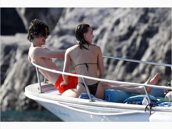 Дочь Деппа застукали с возлюбленным на яхте