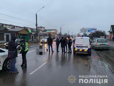 В Борисполе полицейская машина насмерть сбила пешехода