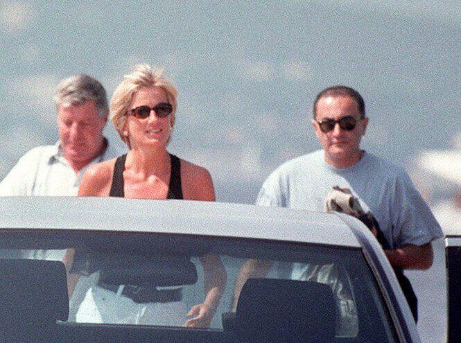Диана и Доди Аль-Файед на отдыхе в Сен-Тропе, июль 1997 года