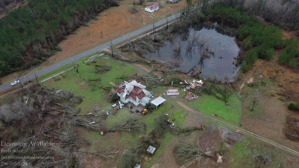 Після торнадо в Алабамі