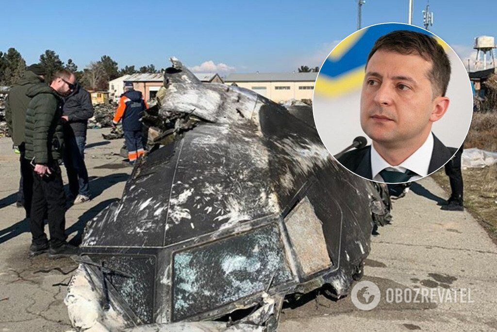 "Крушение самолета МАУ: ""странной"" реакции Зеленского дали объяснение"