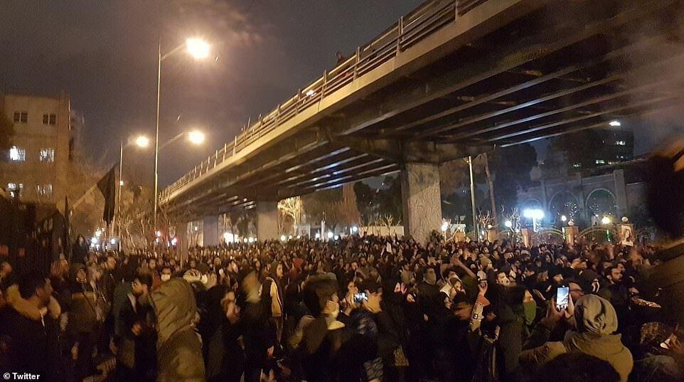 Протести в Тегерані, 10 січня