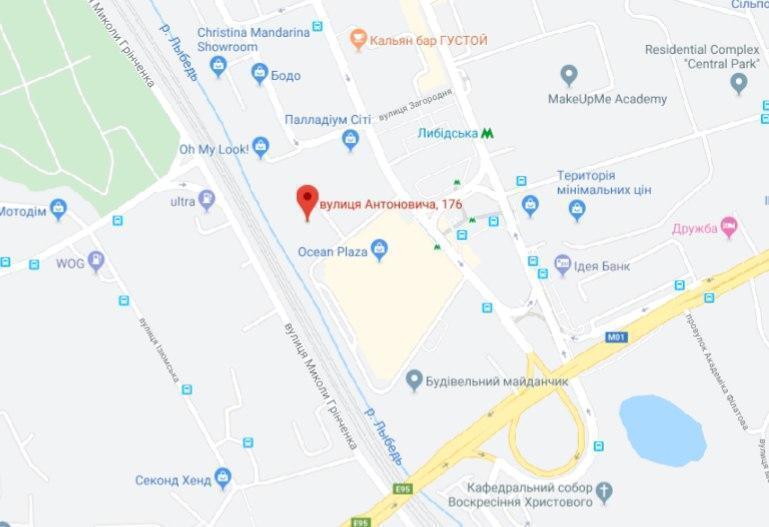 Обварилося 9 людей: в Києві окропом затопило Ocean Plaza. Шокуючі фото і відео
