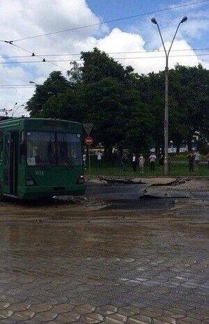 Дорогу затопило