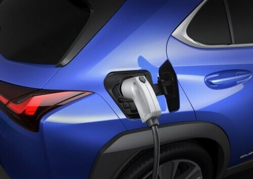 Зарядка батареи занимает 7 часов при использовании устройства на 6,6 кВт