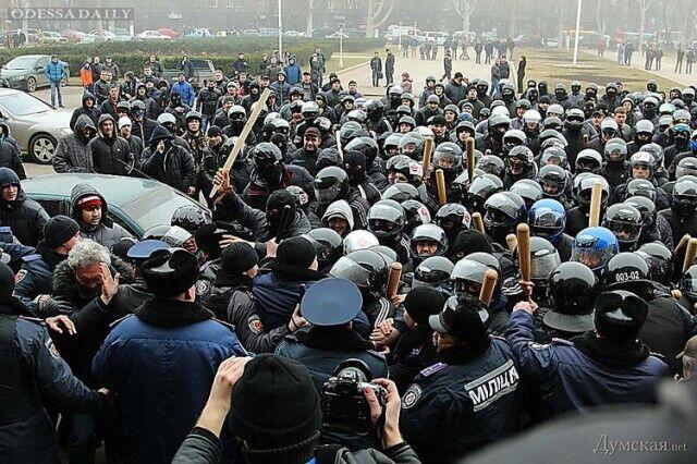 Напад тітушек на журналістів і громадських діячів в Одесі 19.02.2014