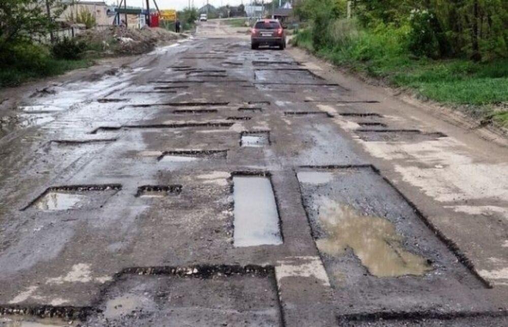 Украина откажется от ямочного ремонта дорог