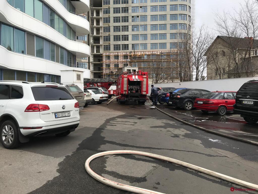 В Одесі сталася пожежа в елітному житловому комплексі
