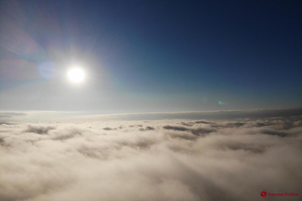 Таємнича Одеса крізь туман і хмари