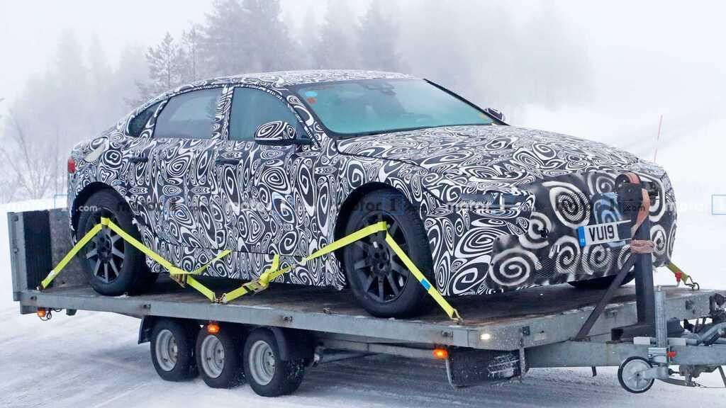Електромобіль Jaguar XJ