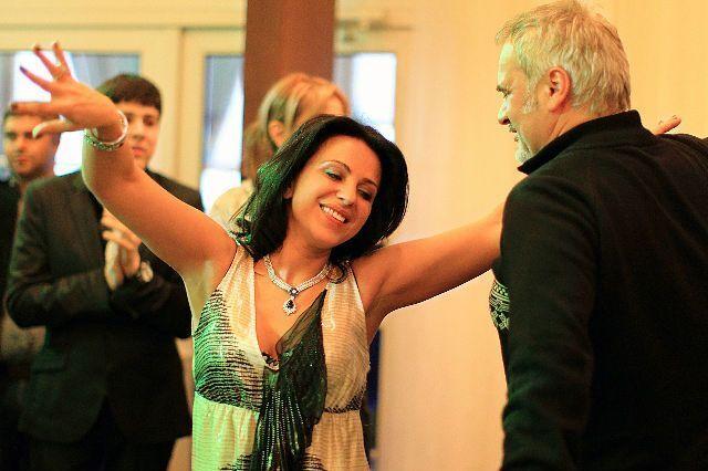 Наталья танцует с Валерием Меладзе