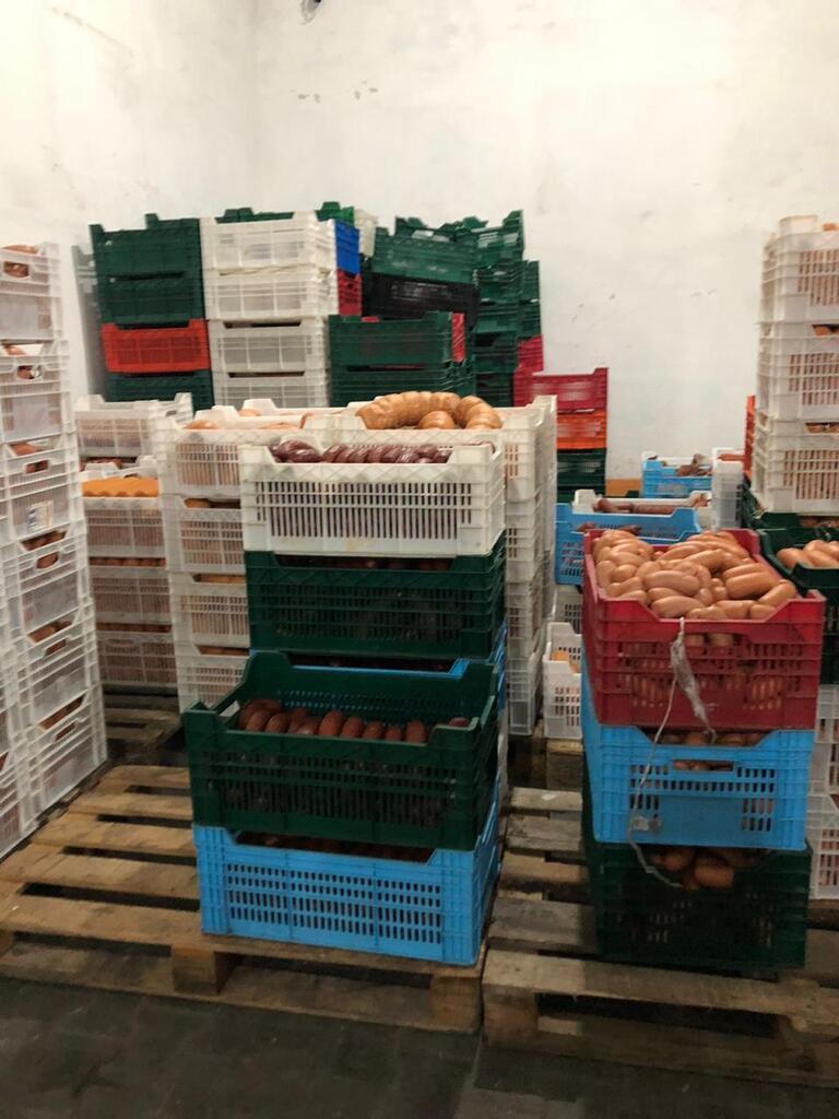 Погрызли мыши: на Одесщине обнаружили 8 тонн опасной колбасы