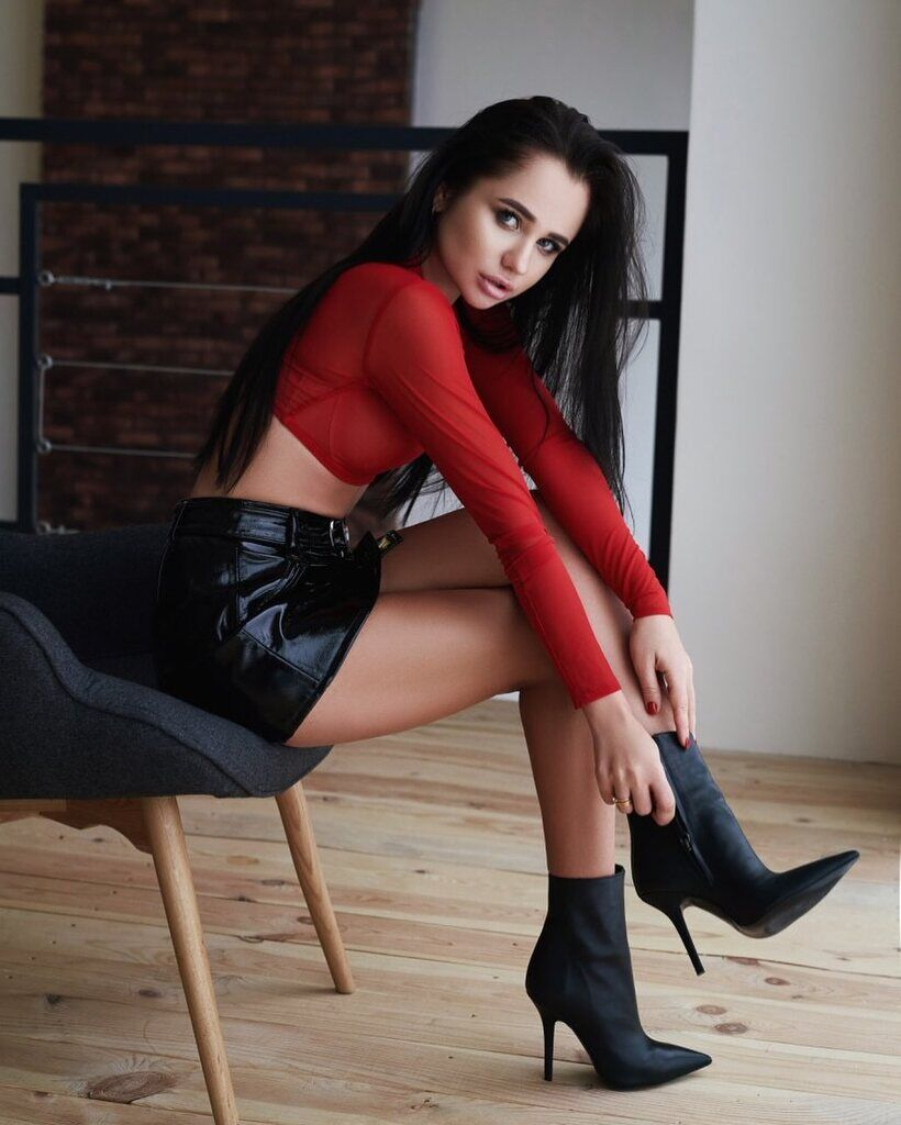Алина Буяльская