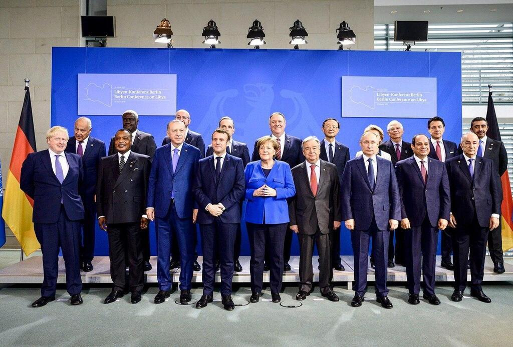Путін запізнився на конференції щодо ситуації в Лівії