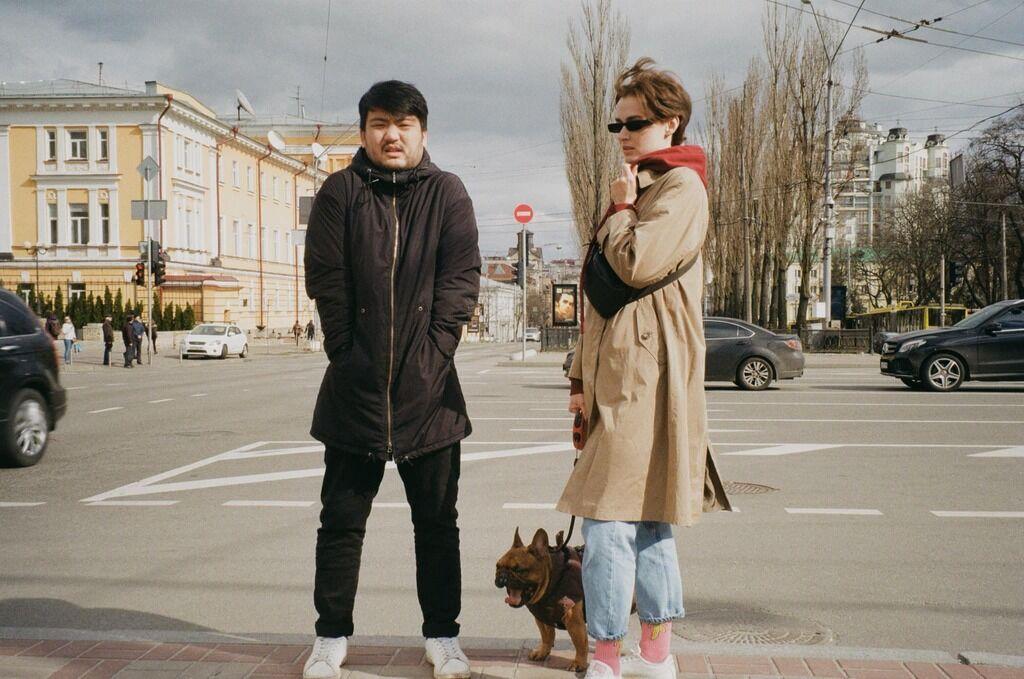 Юрий Сон (слева)