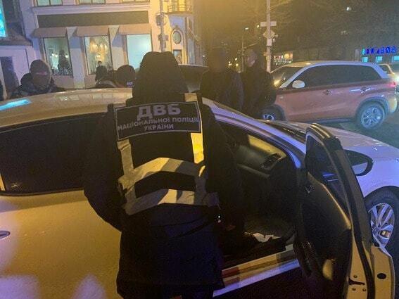В Днепре полицейского поймали на взятке