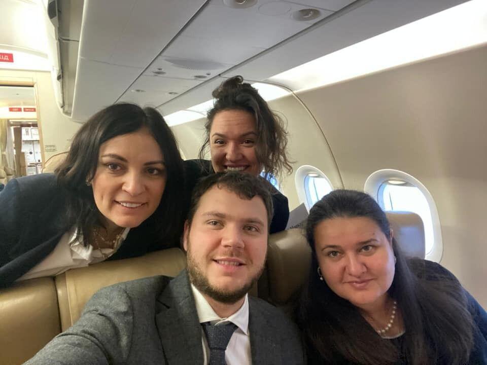 Криклій похвалився фото з літака дорогою в Давос