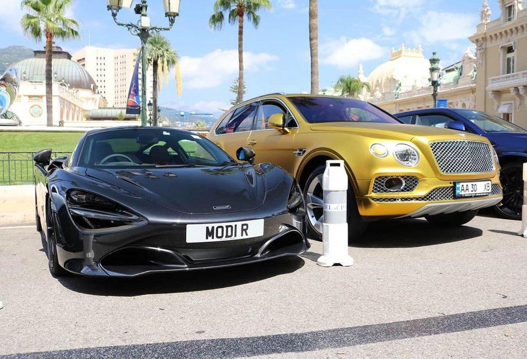 Bentley Bentayga на украинских номерах в Монако