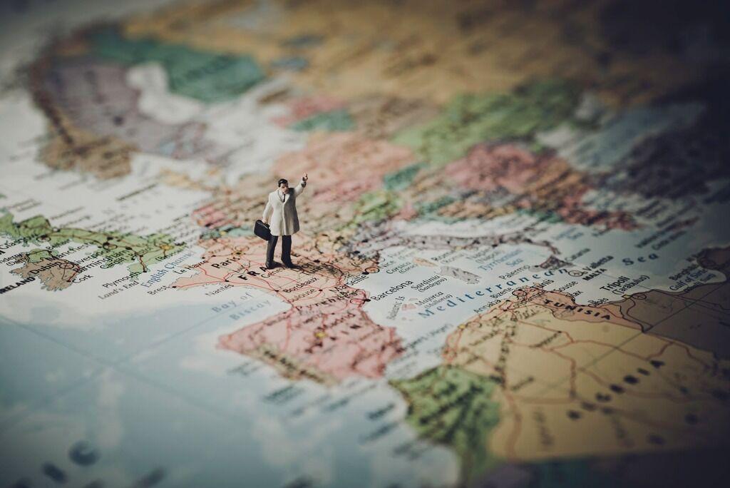 Куди українцеві можна поїхати без візи в 2020 році: привабливі напрямки