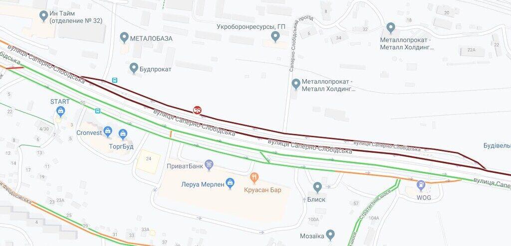 Пробка на улице Саперно-Слободской