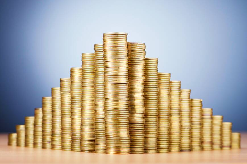 "Україні загрожує масштабна ""фінансова піраміда"" – економіст"