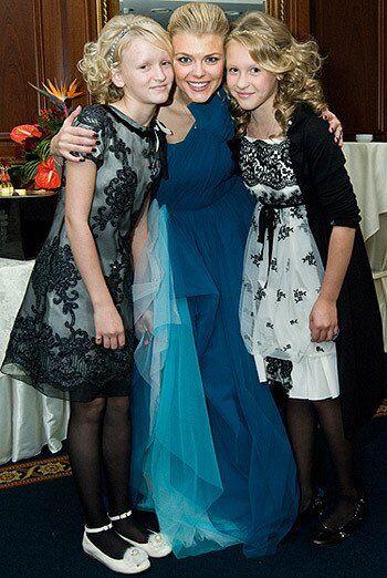 Анна, Ірина та Катерина Блохіна