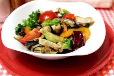 Рецепт чудового салату на Китайський Новий рік 2020