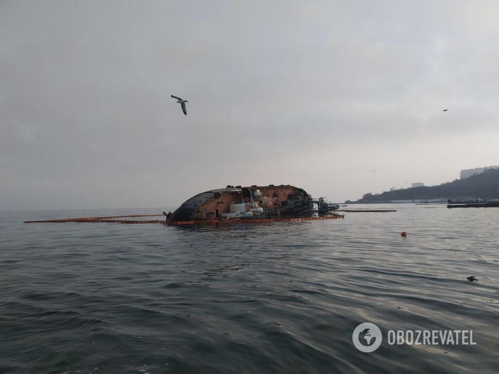 В Одессе посчитали сроки и цену утилизации танкера Delfi