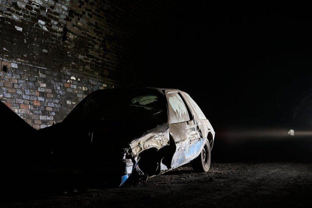Покинуті автомобілі