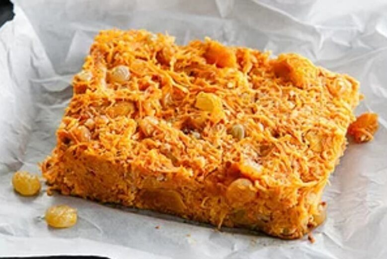 Рецепт легкої та дуже смачної сирної запіканки з морквою