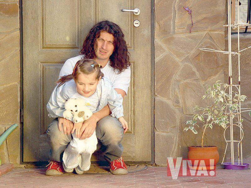Кузьма Скрябін з донькою